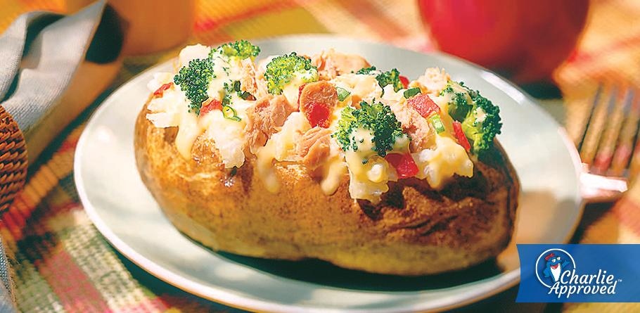Baked Potatoes with Tuna and Broccoli in Cheese Sauce
