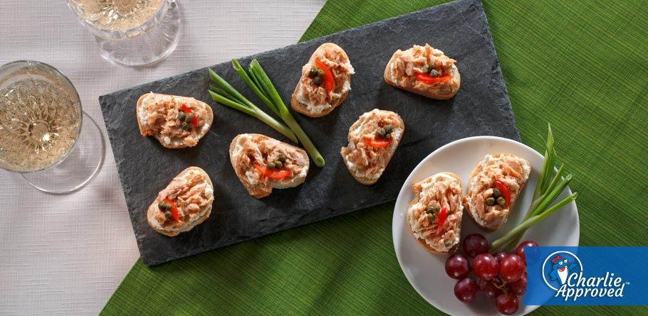 Lemon Dill Salmon Crostini
